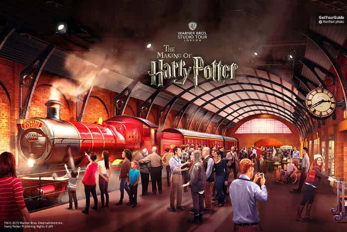 Warner Bros The Making of Harry Potter: Platform 9 3/4 Hogwarts Express